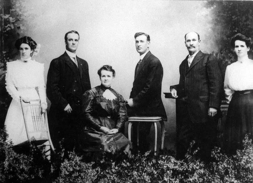 Emer-Crockett-Family