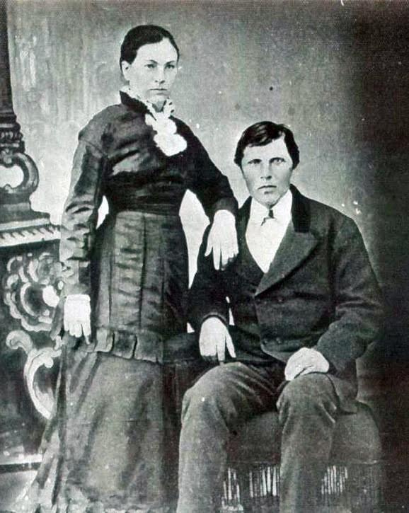 Lydia-Crockett-and-Archie-Lamoreaux