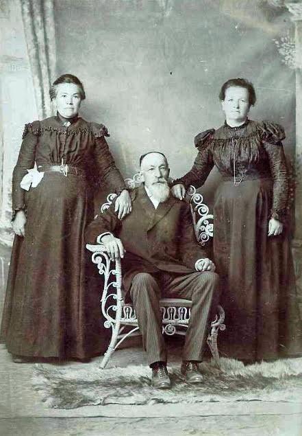 Mary-Sophia-Alvin-and-Delia-Crockett