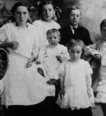 Delia-Lechtenberg-family