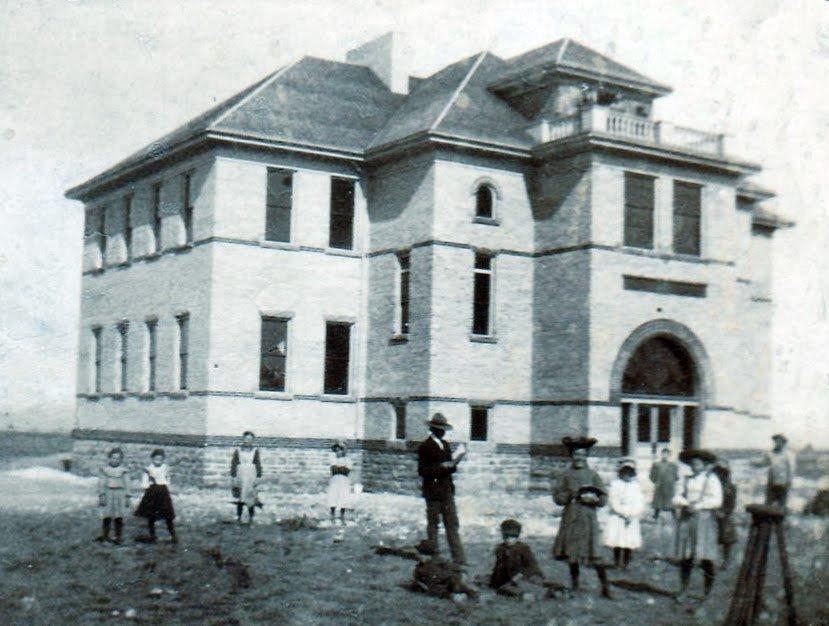 Dingle-School-house