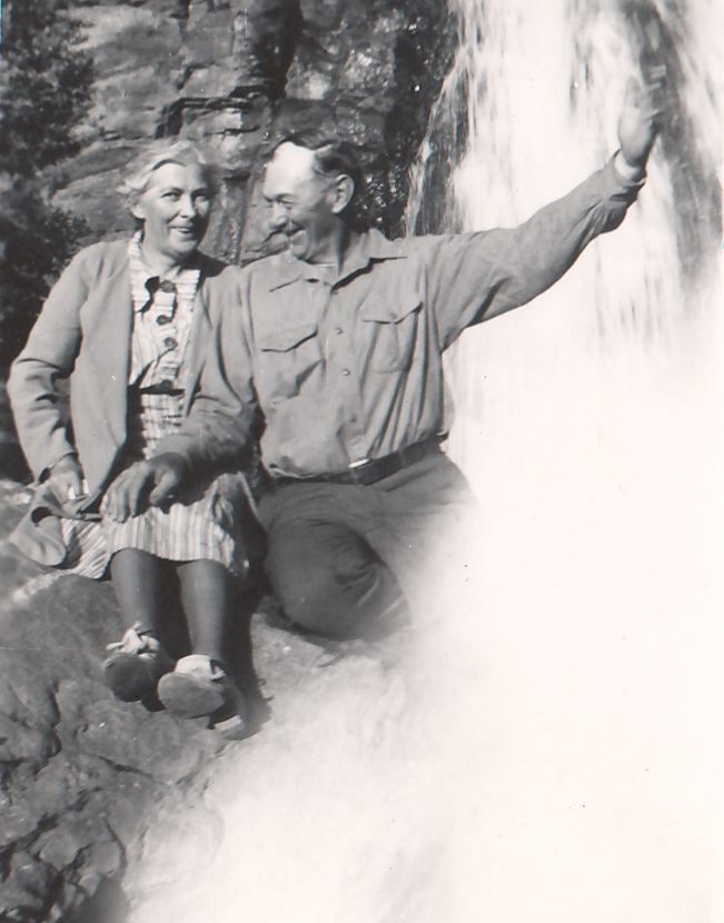 Mamie-Wesley-Waterfall
