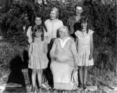 WW-Ream-Family22jpg-scaled