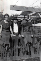 Will-with-neighbors-Alice-and-Mary-Wright